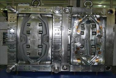 Moldeo por inyección plástico automotriz para el molde caliente material del corredor de las piezas de automóvil PA66 GF30